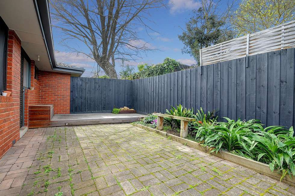 Fifth view of Homely unit listing, 2/11 Grenfell Road, Mount Waverley VIC 3149