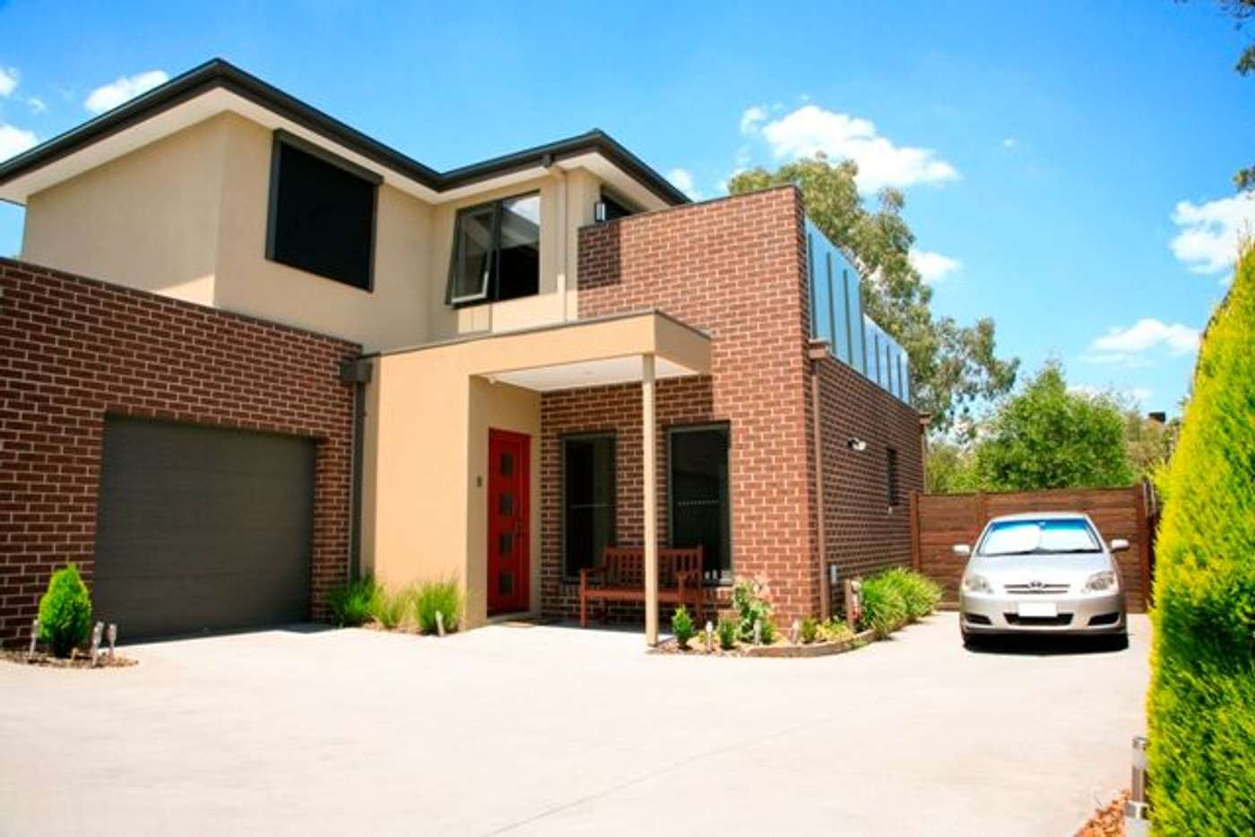 Main view of Homely house listing, 2/2 Kneale Drive, Box Hill North VIC 3129