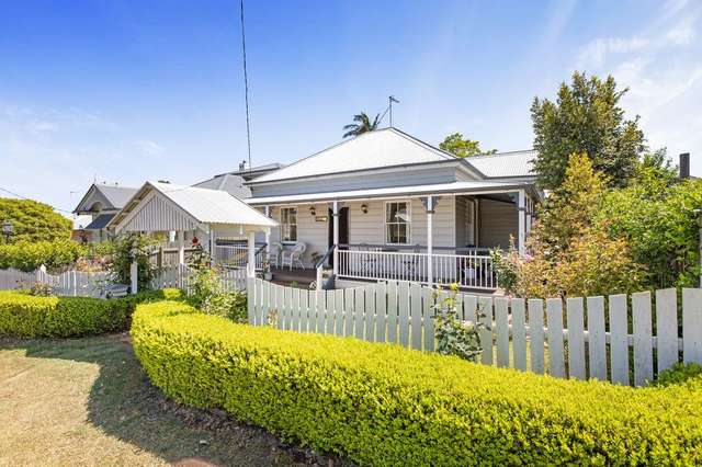 7 Pitt Street, East Toowoomba QLD 4350