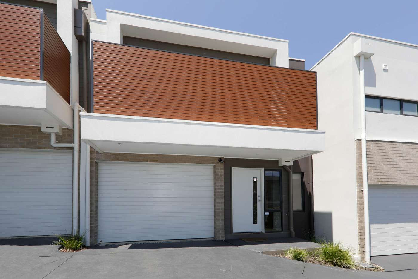 Main view of Homely townhouse listing, 2/32 Rathmullen Quadrant, Doncaster VIC 3108