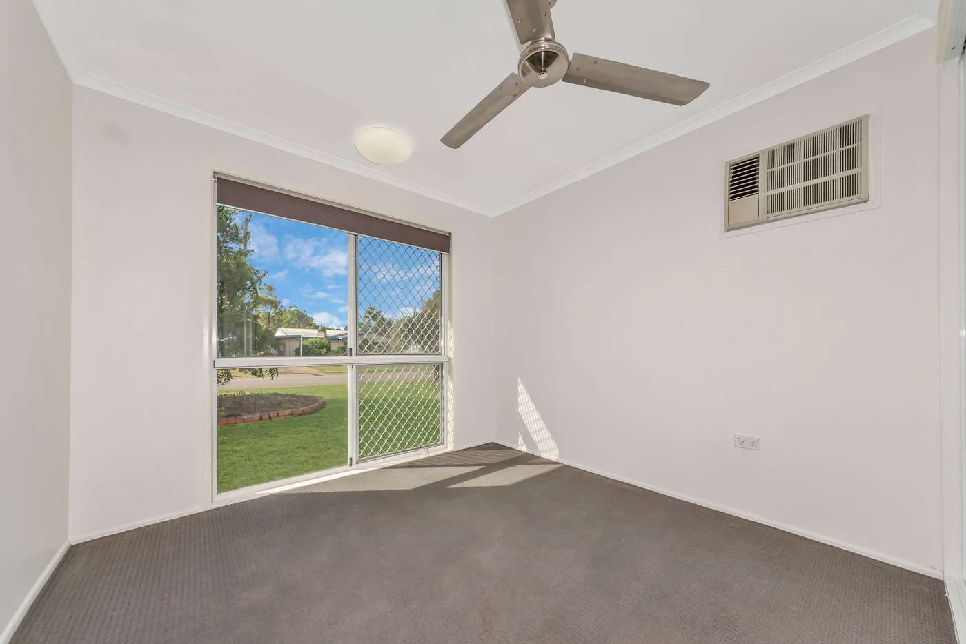 Sixth view of Homely house listing, 4 Kayleen Court, Burdell QLD 4818