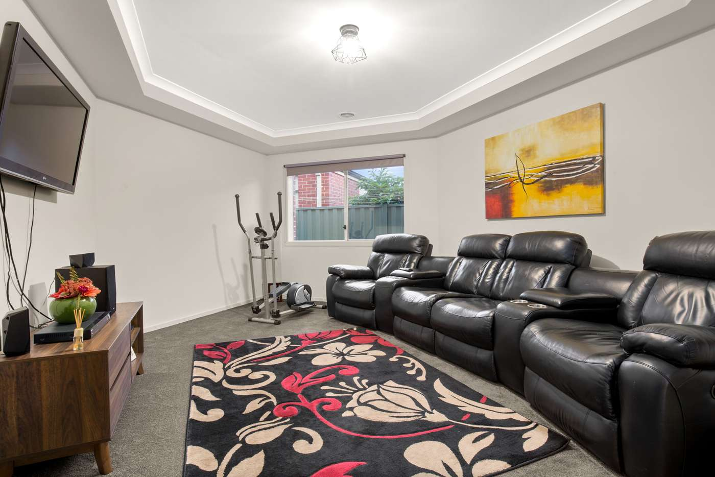 Sixth view of Homely house listing, 8 Charolais Court, Pakenham VIC 3810