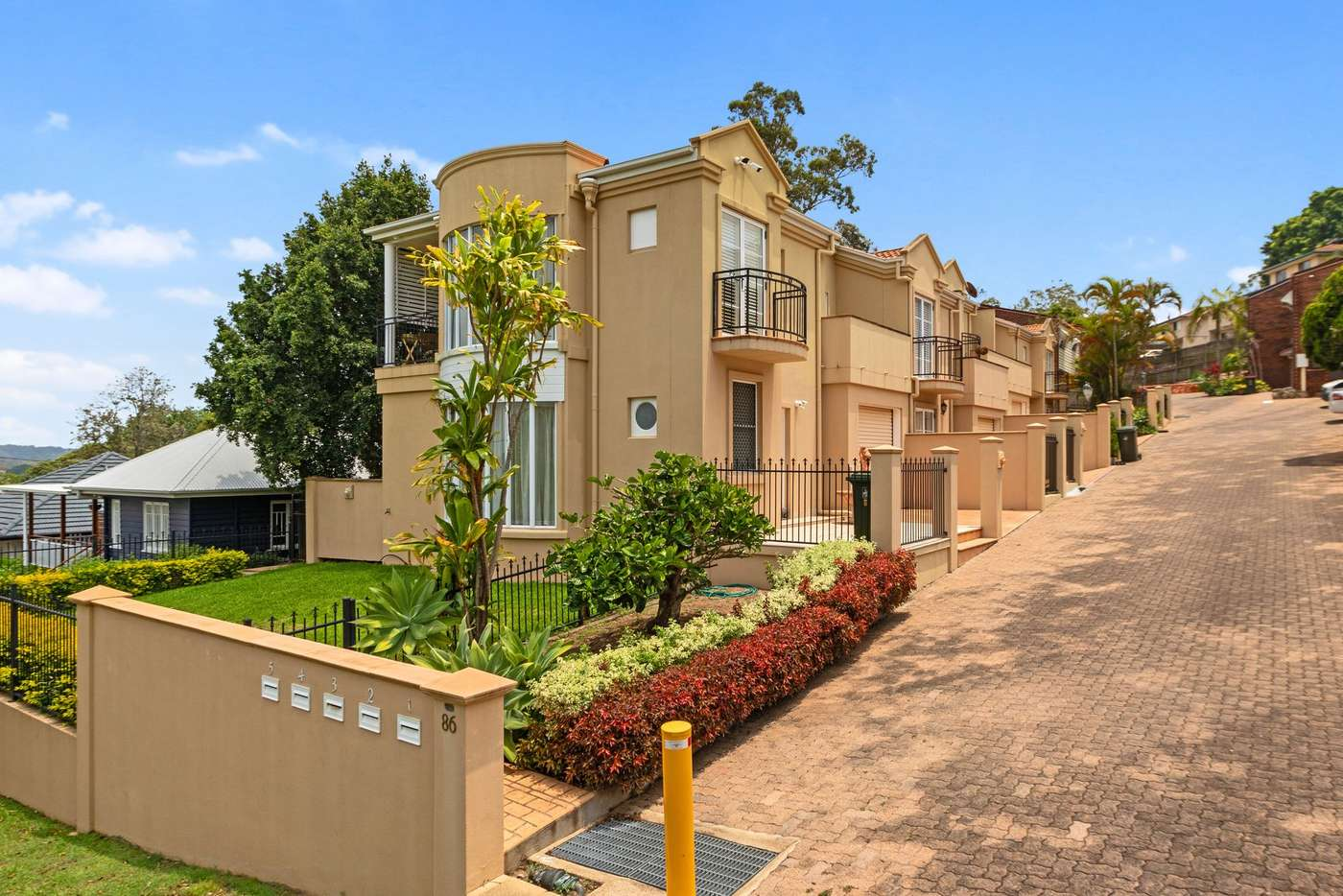 Main view of Homely unit listing, 2/86 Invermore Street, Mount Gravatt East QLD 4122