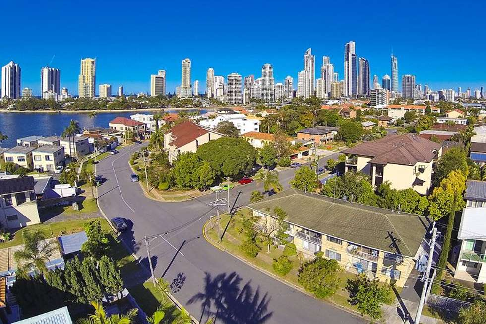 Second view of Homely unit listing, 2/120 Stanhill Drive, Chevron Island QLD 4217