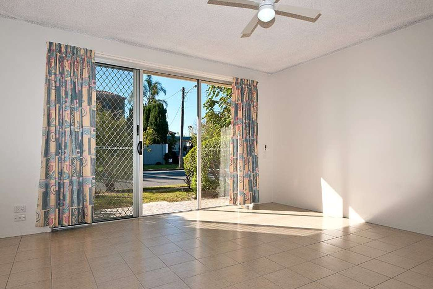 Sixth view of Homely unit listing, 2/120 Stanhill Drive, Chevron Island QLD 4217