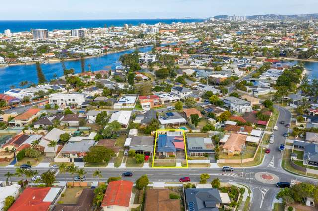 54 Surfers Avenue, Mermaid Waters QLD 4218