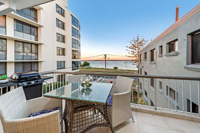 9/530 Marine Parade, Biggera Waters QLD 4216