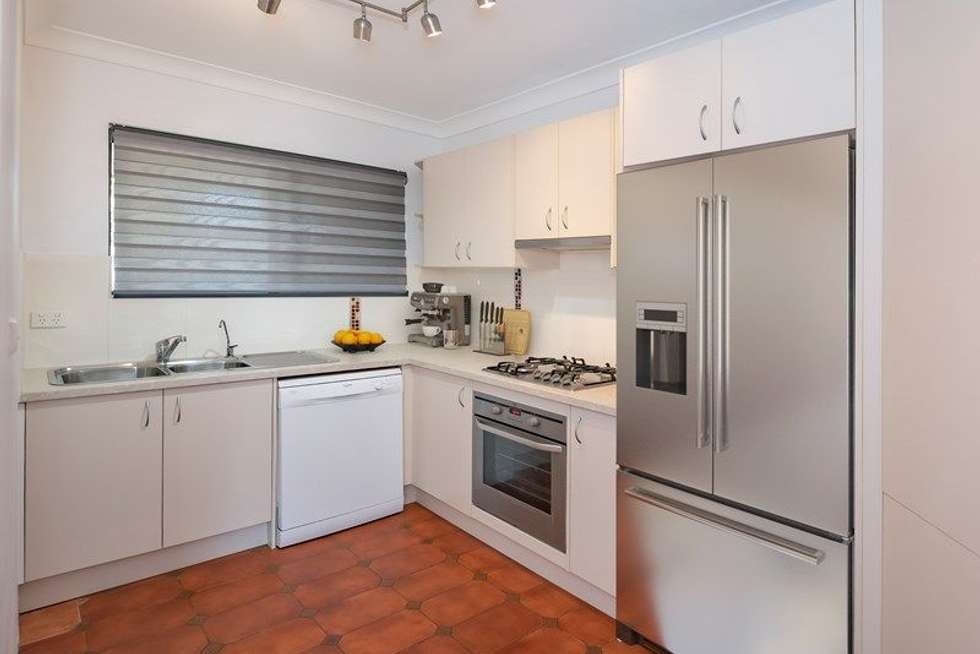Third view of Homely apartment listing, 4/34 Winchester Street, Hamilton QLD 4007