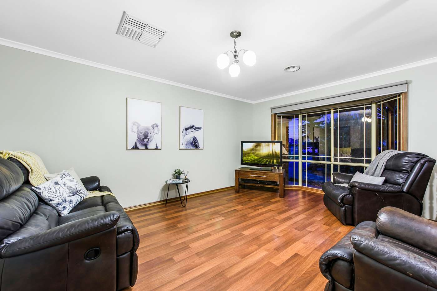 Sixth view of Homely house listing, 9 Sundew Close, Hillside VIC 3037