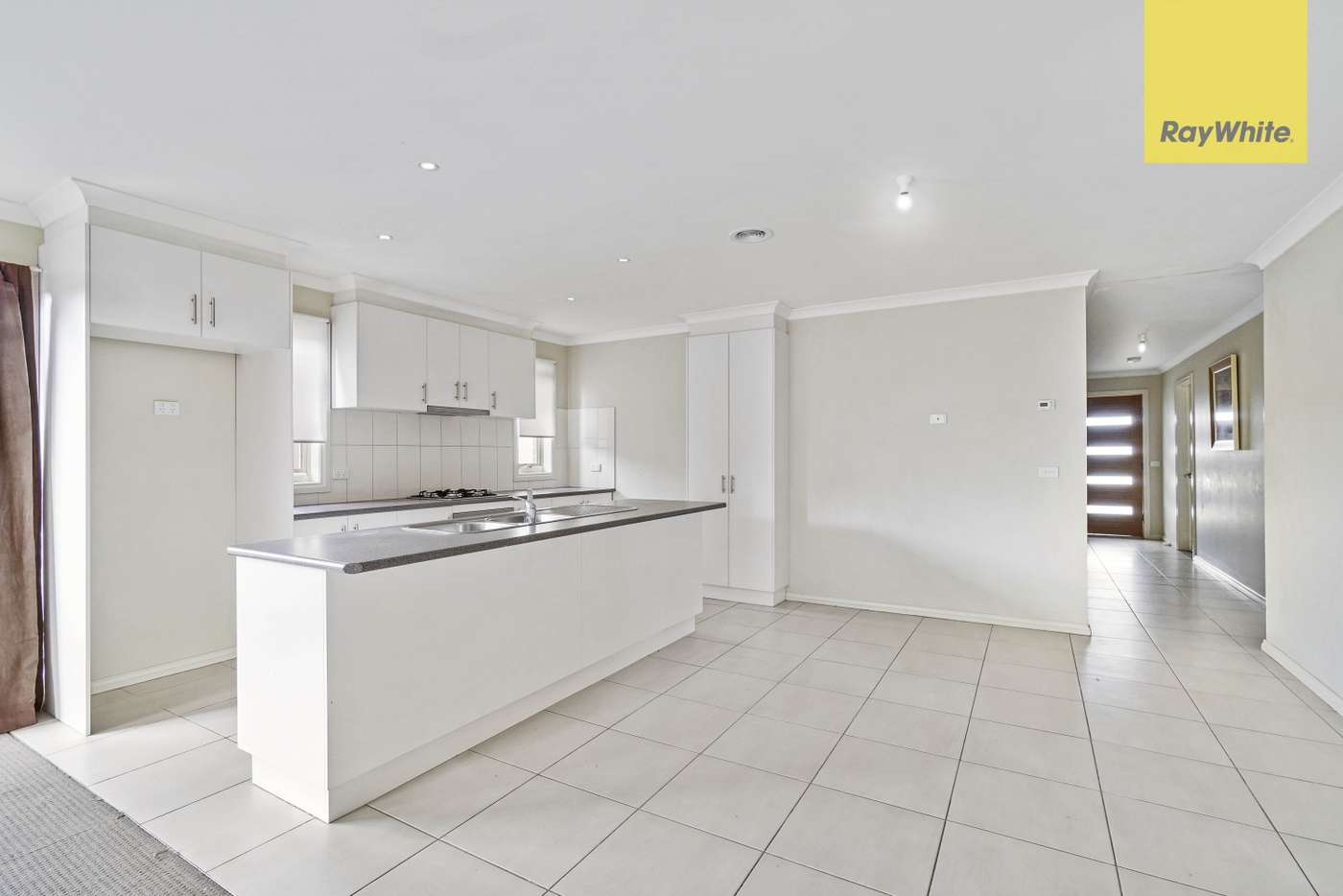 Fifth view of Homely unit listing, 1/54 Lomandra Bowl, Harkness VIC 3337