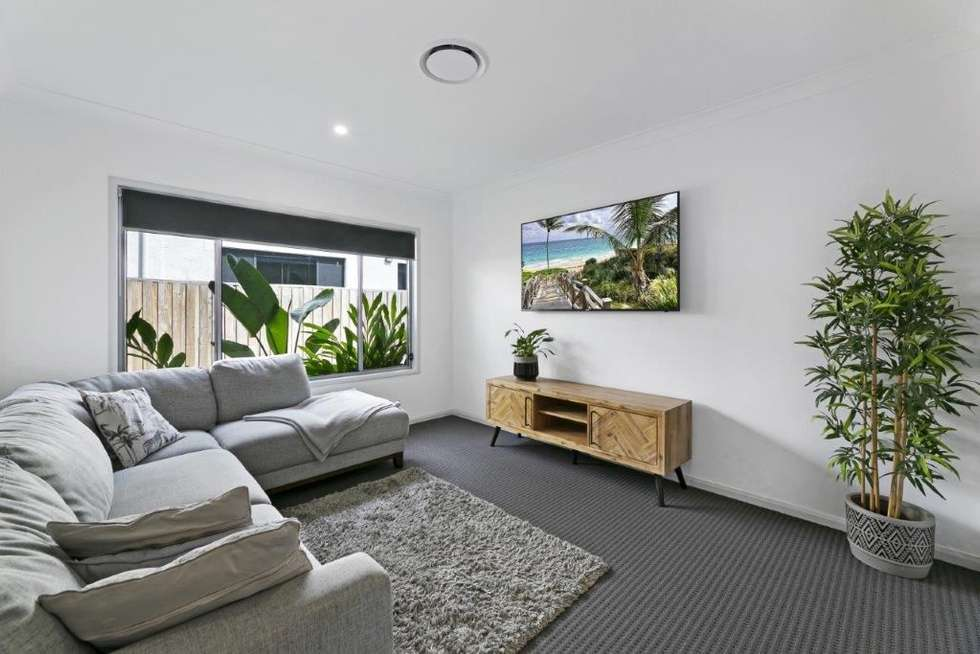Second view of Homely house listing, 6 Jade Way, Helensvale QLD 4212