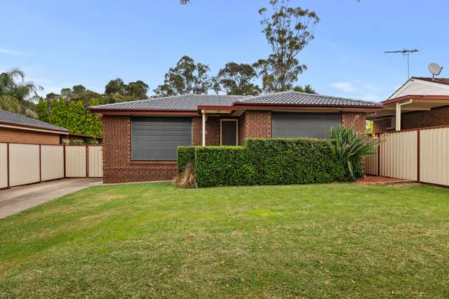 6 Barnfield Place, Dean Park NSW 2761