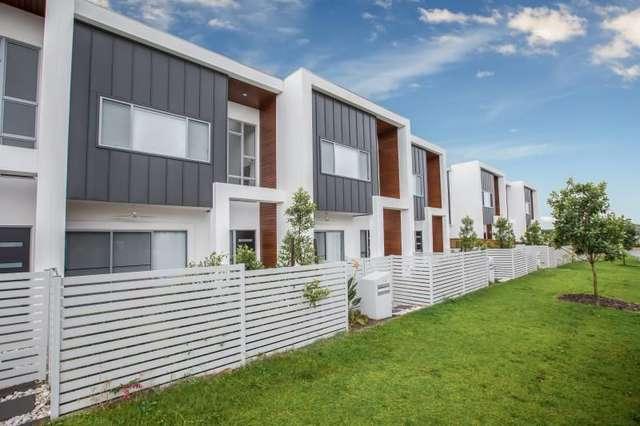 2/3 Gatina Crescent, Coomera QLD 4209