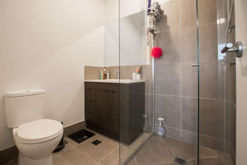 Fifth view of Homely house listing, 2/3 Gatina Crescent, Coomera QLD 4209