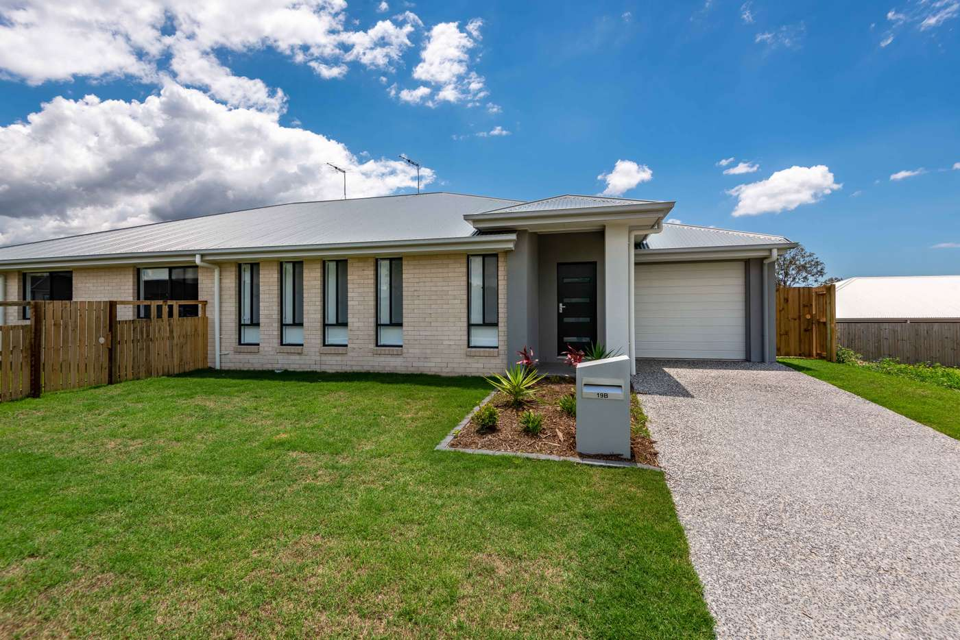 Main view of Homely semiDetached listing, 2/19 Target Drive, Griffin QLD 4503