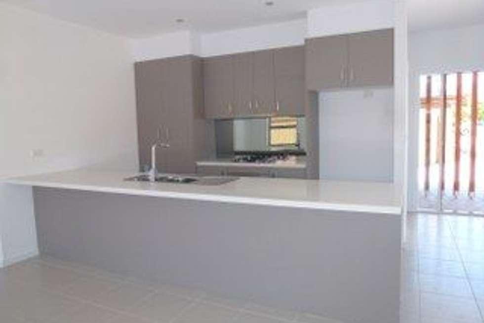 Third view of Homely unit listing, 2/12 Metropolitan Avenue, Craigieburn VIC 3064