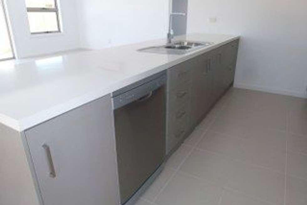 Fourth view of Homely unit listing, 2/12 Metropolitan Avenue, Craigieburn VIC 3064