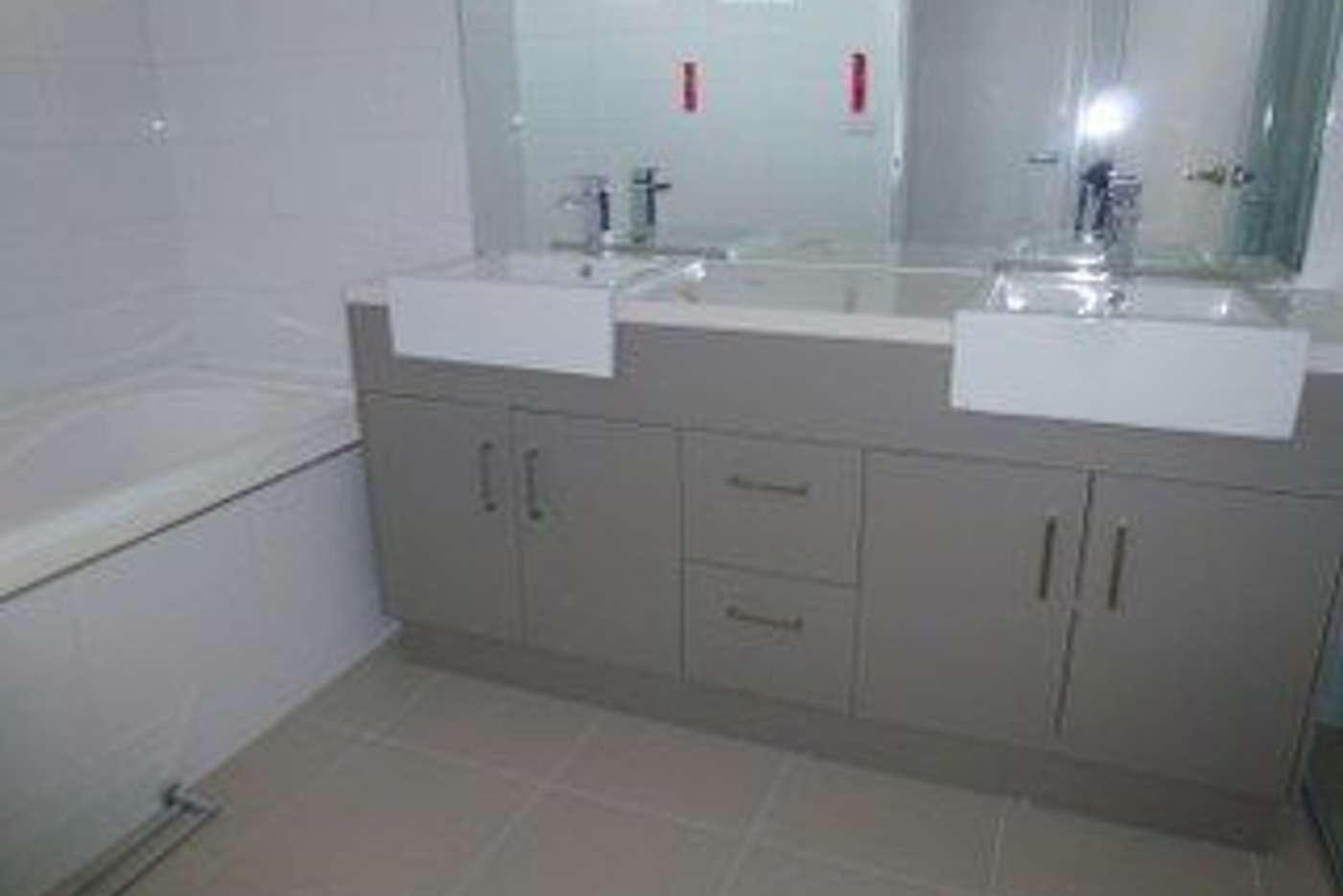 Sixth view of Homely unit listing, 2/12 Metropolitan Avenue, Craigieburn VIC 3064