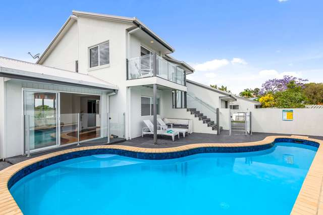 26 Doubleview Drive, Elanora QLD 4221