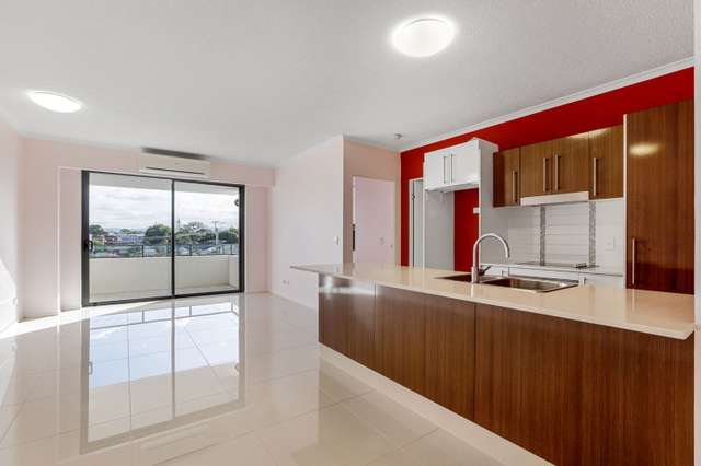 18/171 Scarborough Street, Southport QLD 4215