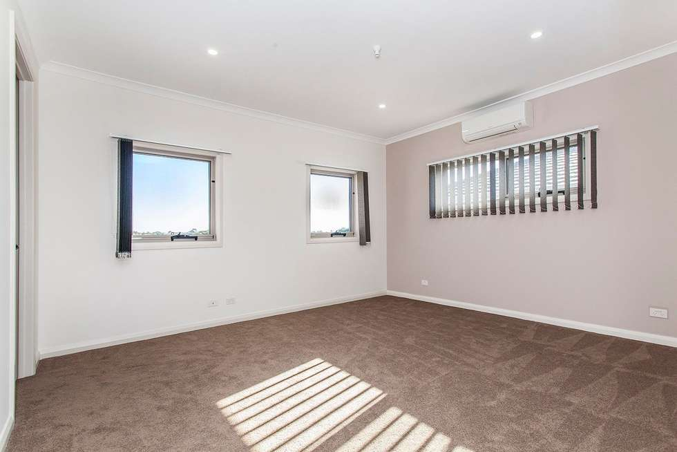 Fifth view of Homely townhouse listing, 1a Haldane Court, Doncaster East VIC 3109