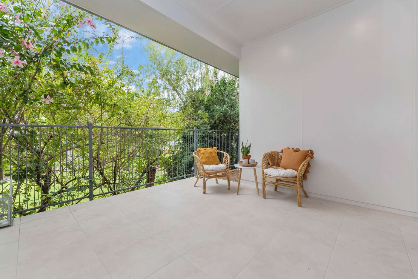 Sixth view of Homely semiDetached listing, 2/379A Stanley Street, North Ward QLD 4810