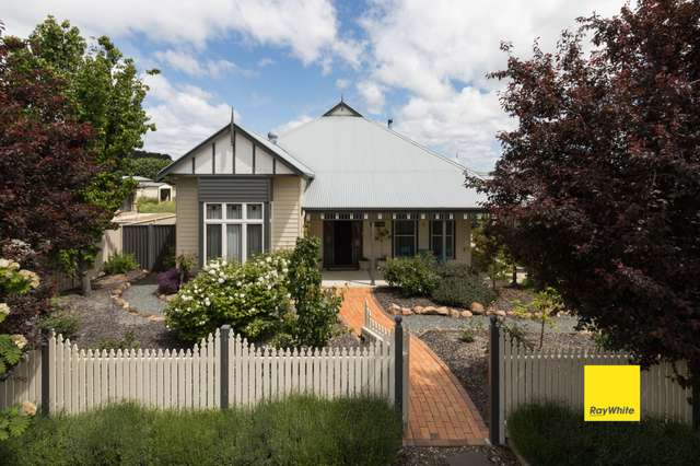 8 Eyre Street, Bungendore NSW 2621