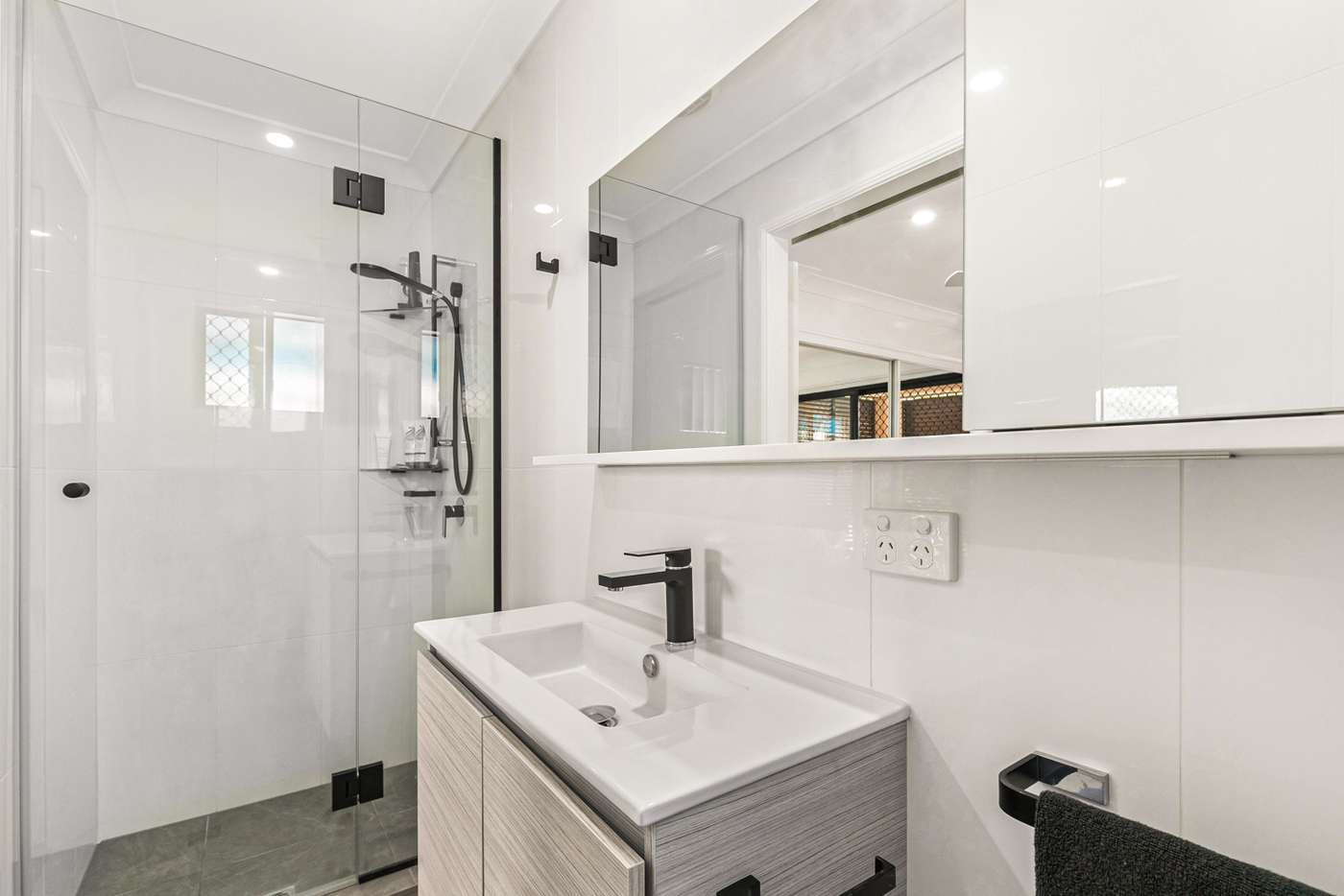 Fifth view of Homely unit listing, 1/102 Sherwood Road, Toowong QLD 4066