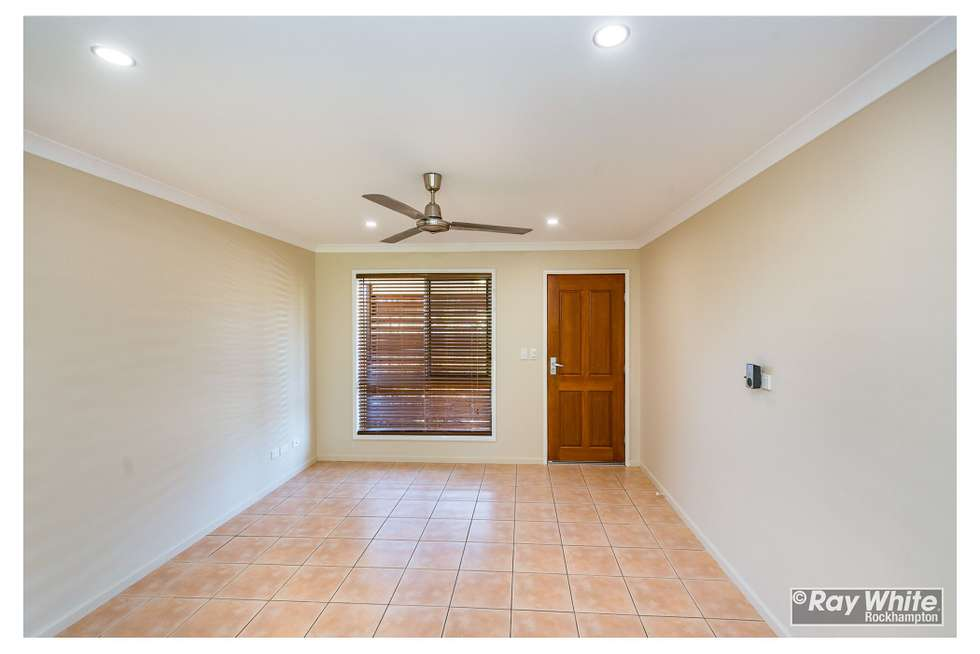 Fourth view of Homely unit listing, 1/576 Norman Road, Norman Gardens QLD 4701