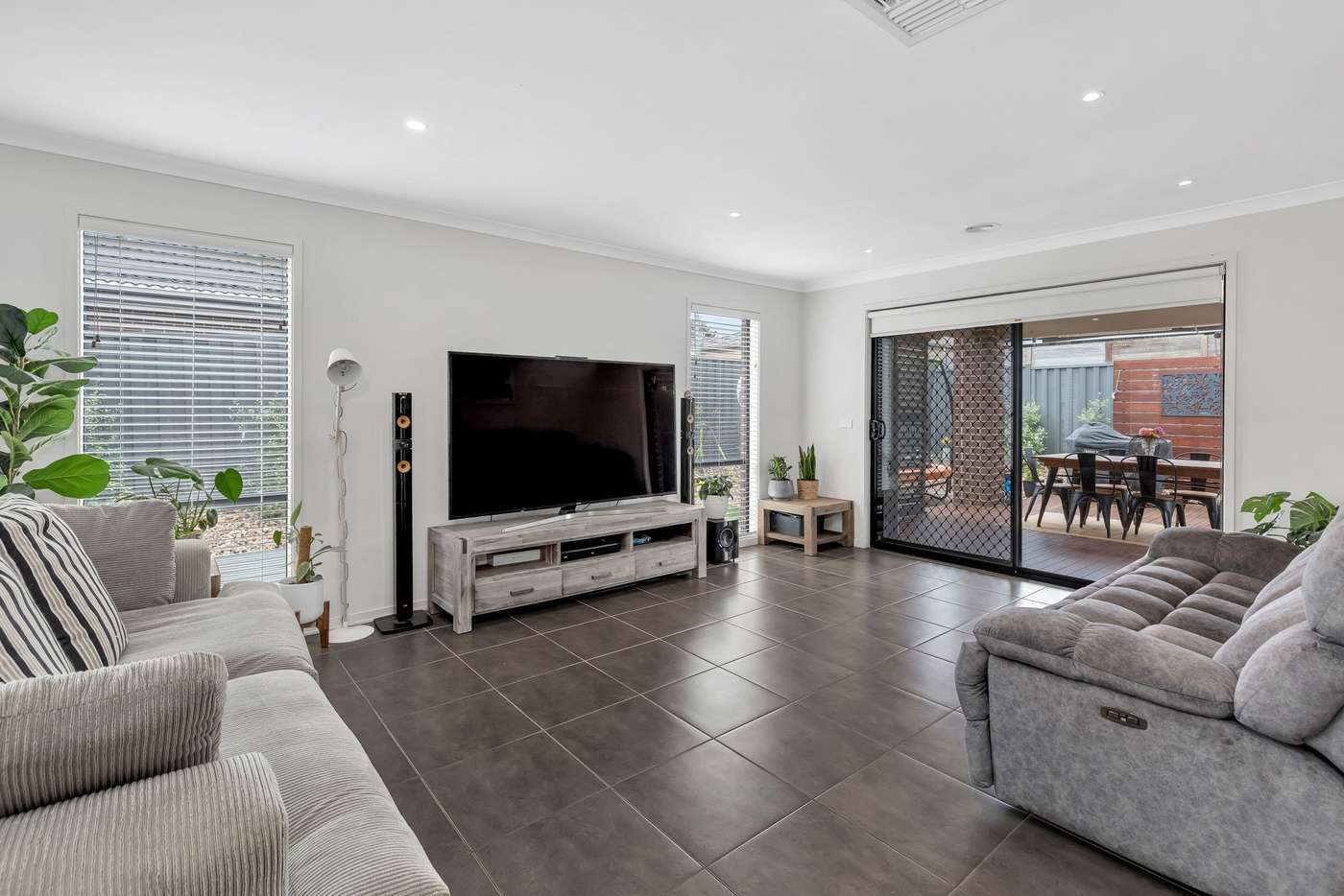Sixth view of Homely house listing, 37 Weavers Street, Manor Lakes VIC 3024