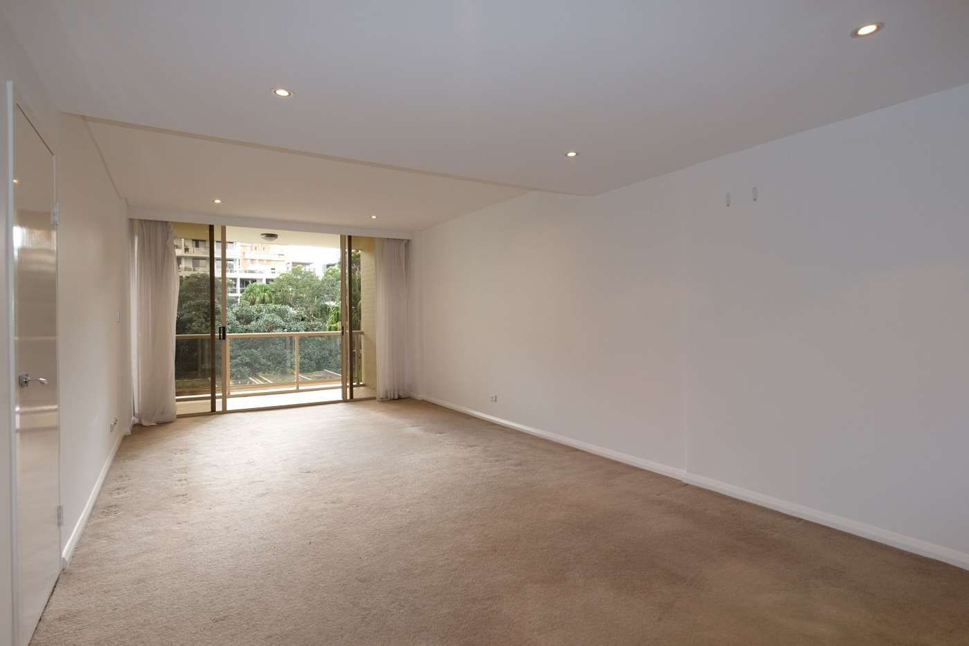 Main view of Homely apartment listing, 10/28 Crystal Street, Waterloo NSW 2017