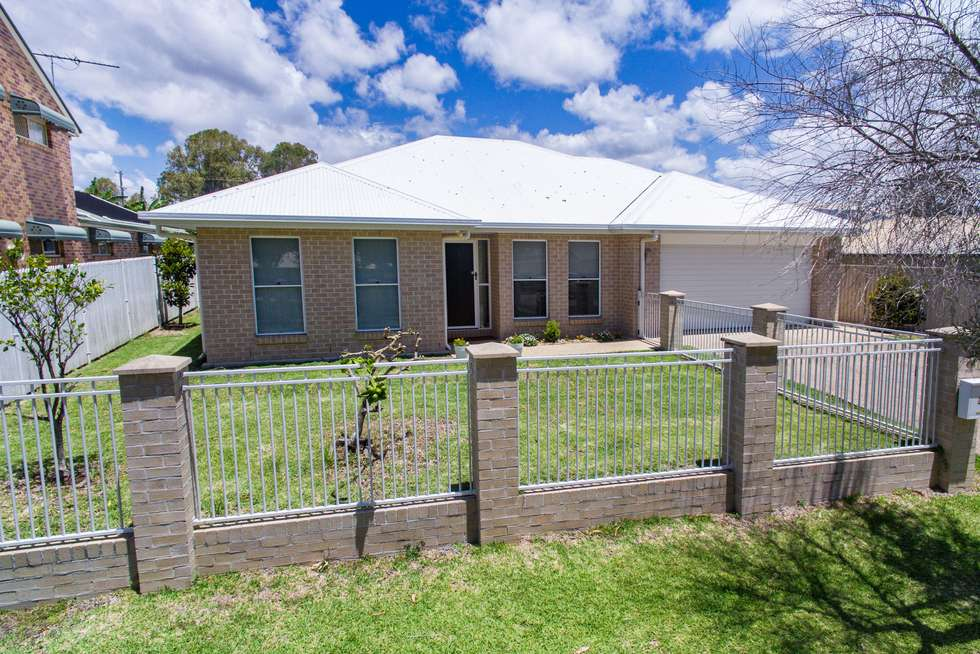 Second view of Homely house listing, 3 Tonita Court, Birkdale QLD 4159