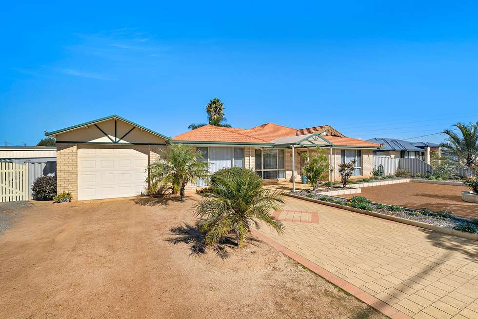 Second view of Homely house listing, 5 Begonia Court, Strathalbyn WA 6530