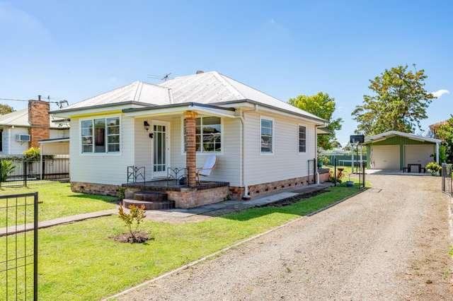 32 Anzac Avenue, Cessnock NSW 2325