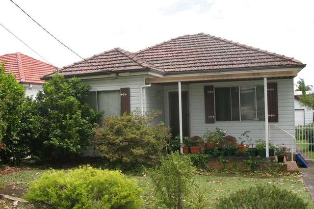 86 Edgbaston Road, Beverly Hills NSW 2209