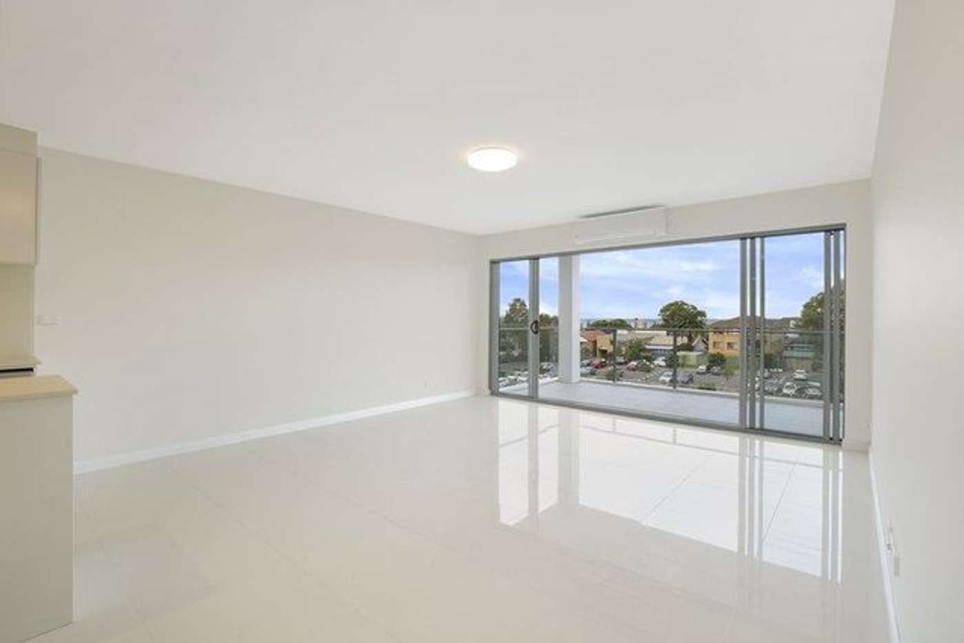 Main view of Homely unit listing, 10/10 Thomas Street, Wollongong NSW 2500