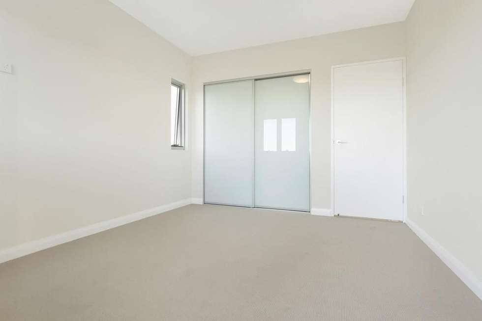 Third view of Homely unit listing, 10/10 Thomas Street, Wollongong NSW 2500