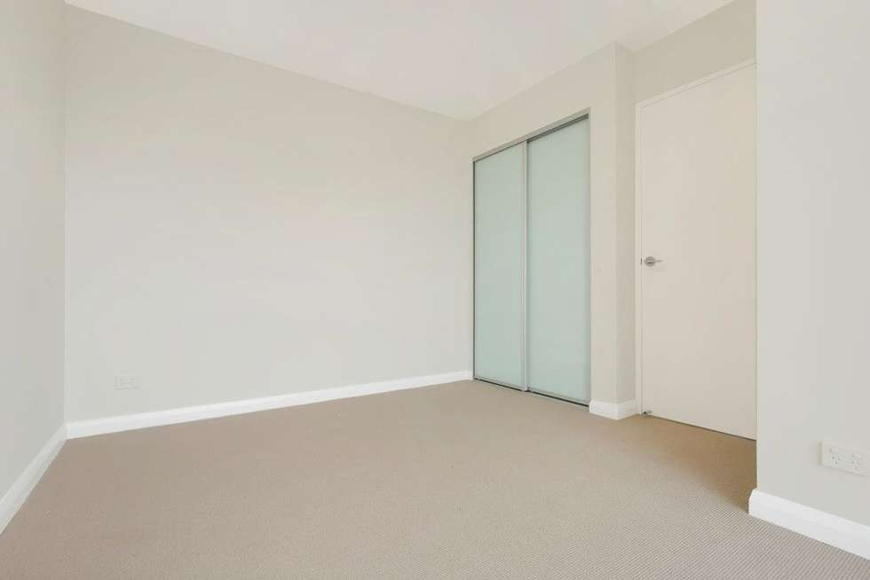 Fifth view of Homely unit listing, 10/10 Thomas Street, Wollongong NSW 2500