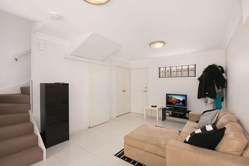 Fifth view of Homely unit listing, 2/9 Eastleigh Street, Chermside QLD 4032