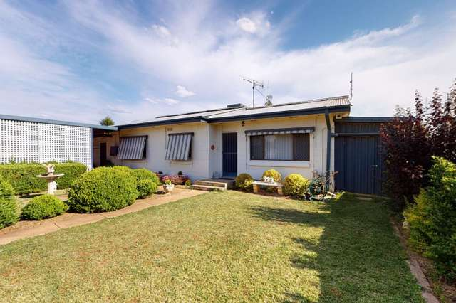 114 Cathundril Street, Narromine NSW 2821