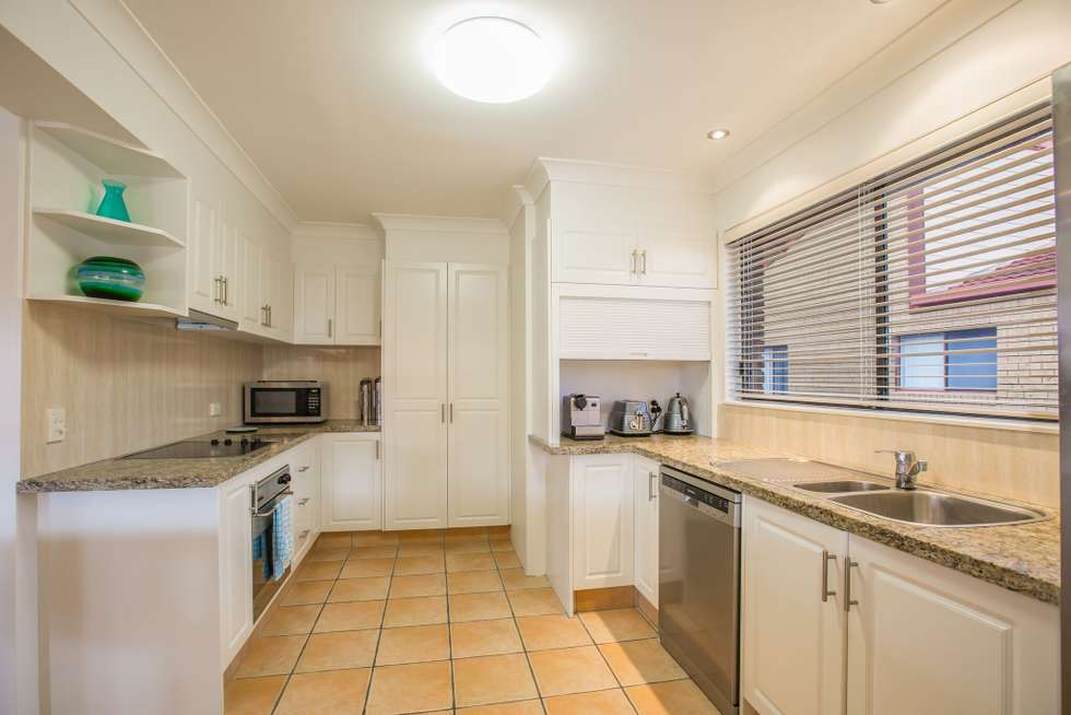 Second view of Homely house listing, 5/19 Australia Avenue, Broadbeach QLD 4218