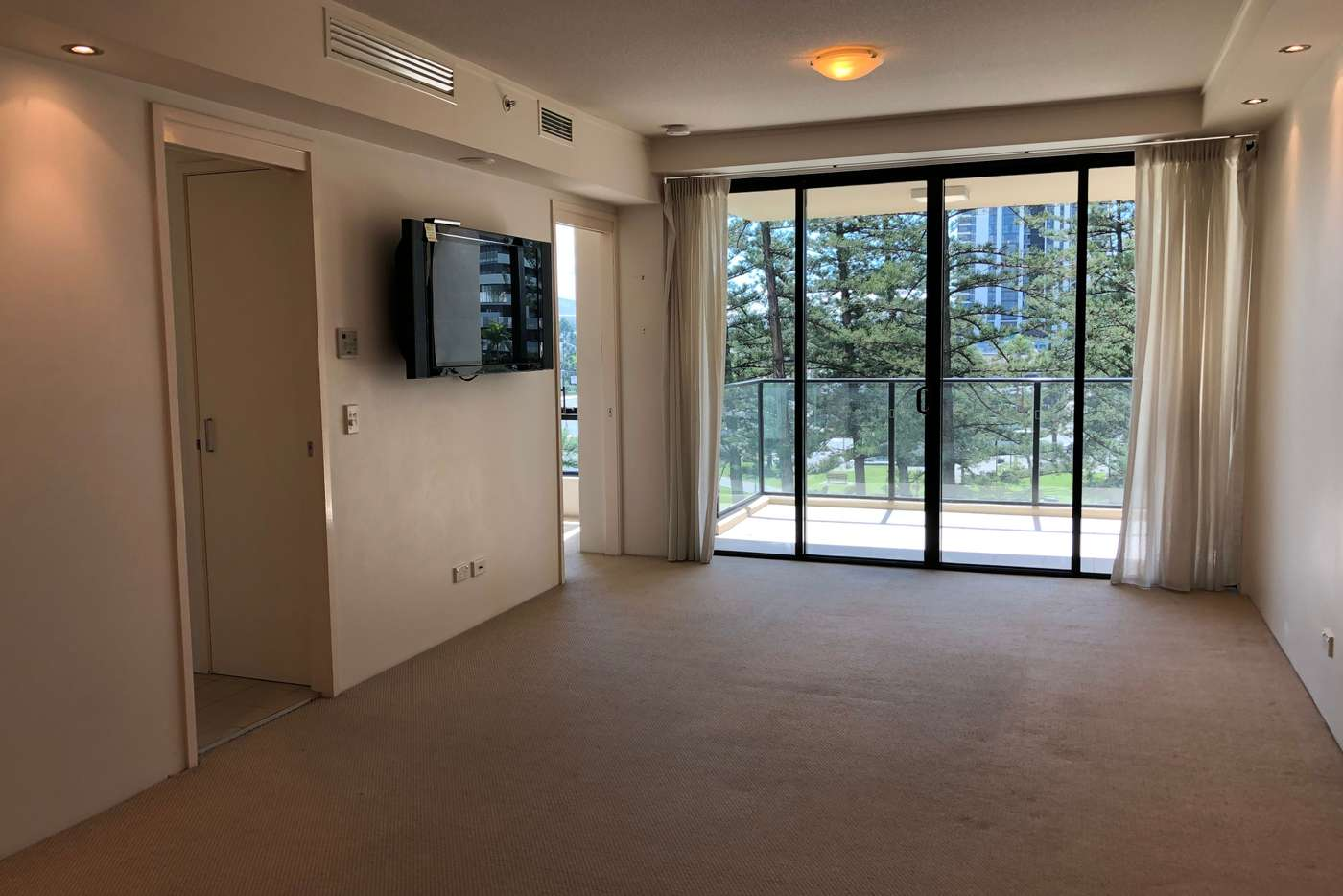 Sixth view of Homely apartment listing, 304/2685-2689 Gold Coast Highway, Broadbeach QLD 4218