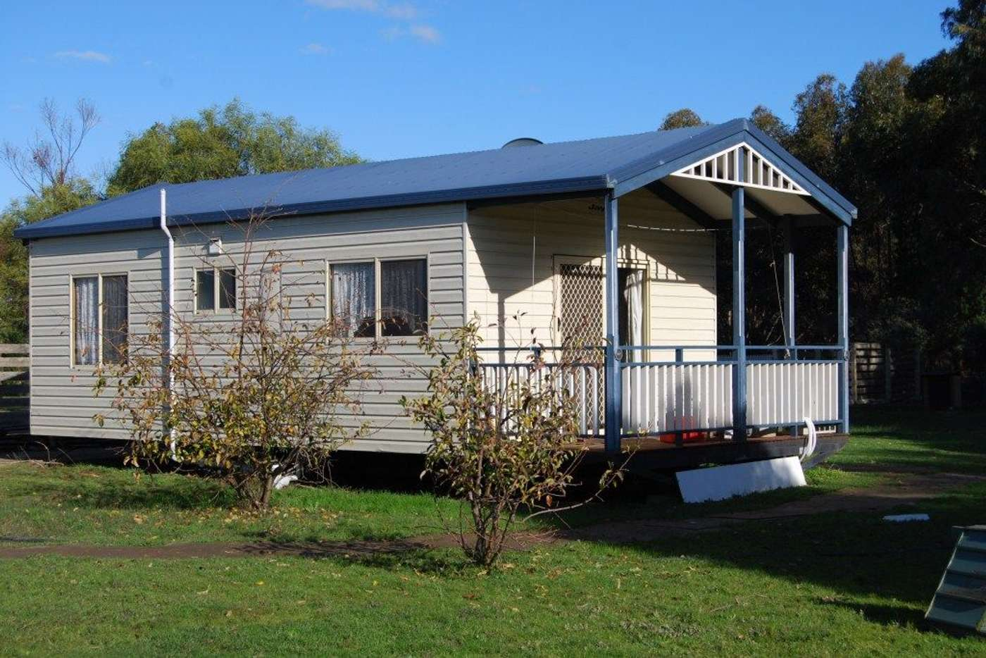 Main view of Homely unit listing, 15B Kiddle Drive, Lara VIC 3212