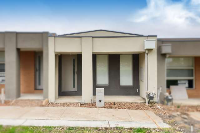 6 Flourish Walk, Doreen VIC 3754