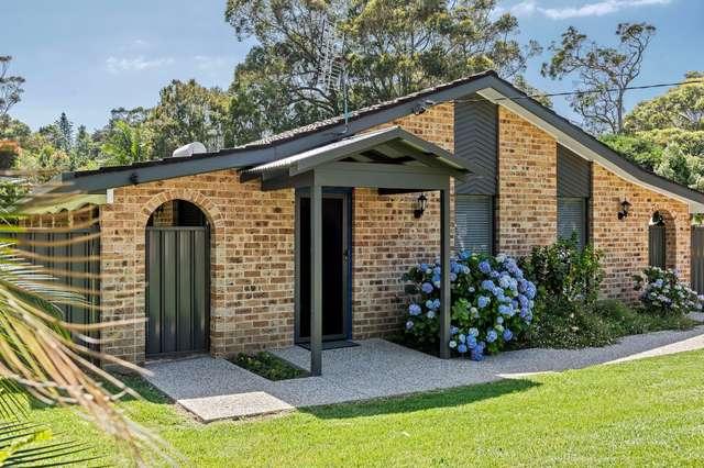 8 Woodglen Crescent, Mollymook NSW 2539