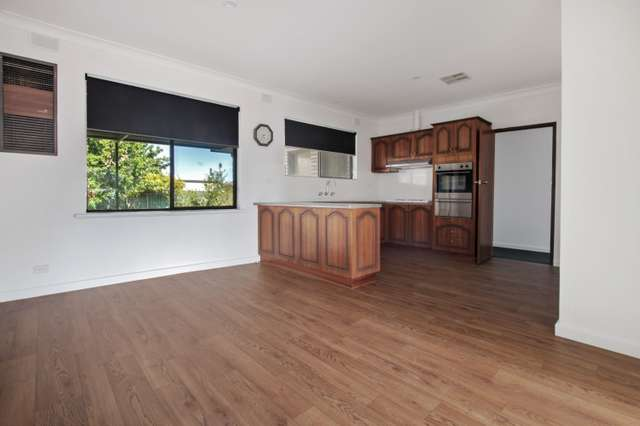 56 Nelson Road, Valley View SA 5093