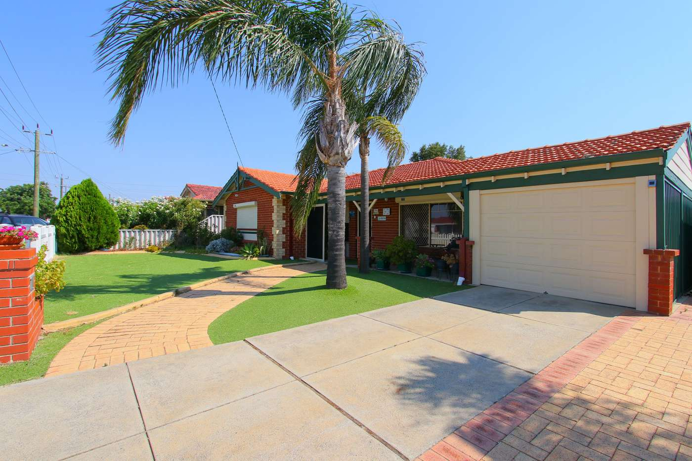 Main view of Homely house listing, 10 Jooleen Way, Thornlie WA 6108
