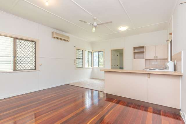 14 Herne Road, Scarborough QLD 4020