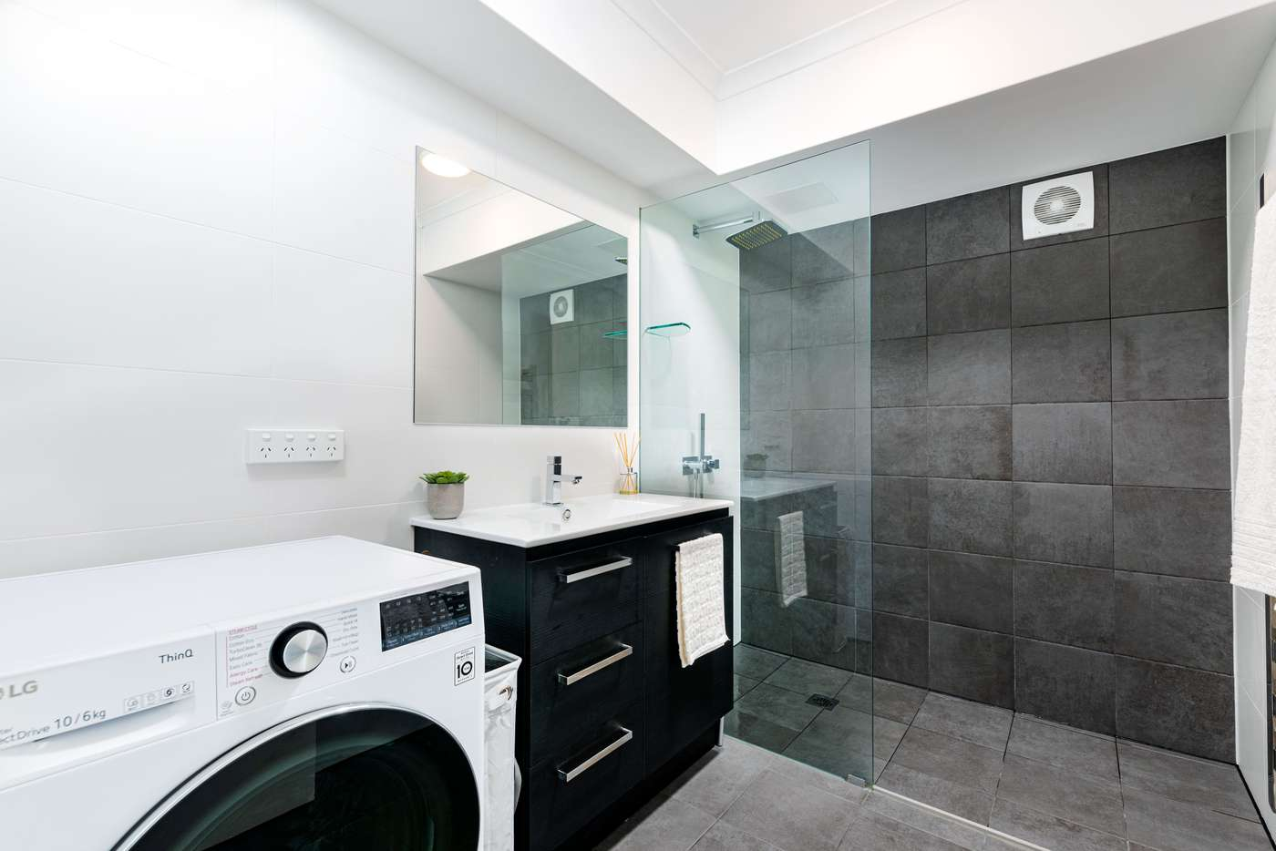 Sixth view of Homely apartment listing, 2C/40 Cope Street, Lane Cove NSW 2066
