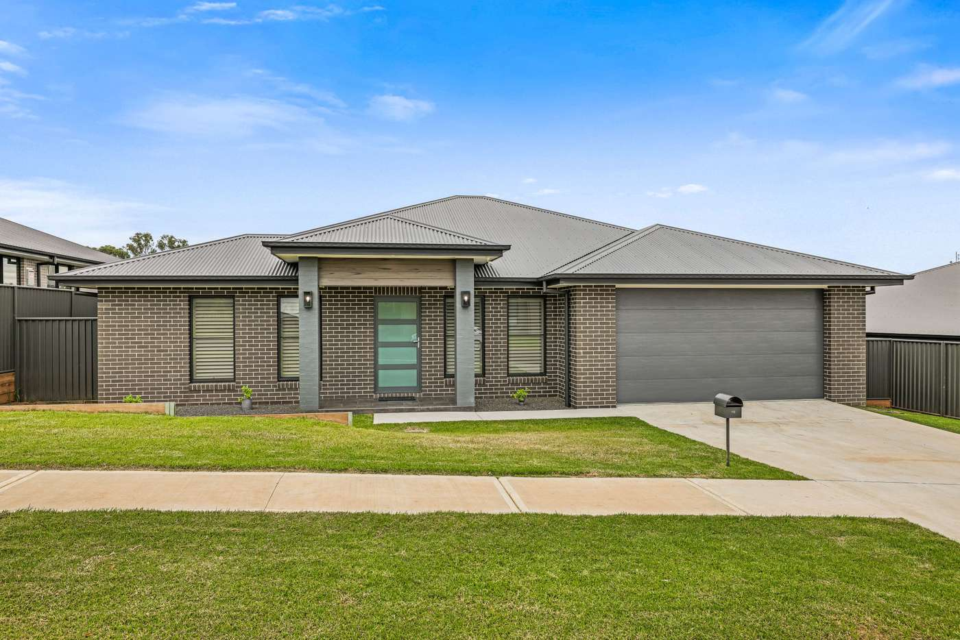 Main view of Homely house listing, 10 Sherborne Street, Tamworth NSW 2340